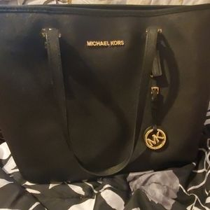 Michael Kors Bags - Micheal kors black purse